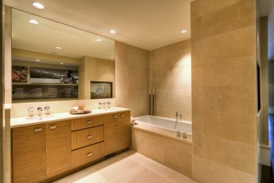 Shower & Surround